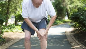 علت پا درد شدید در افراد مسن